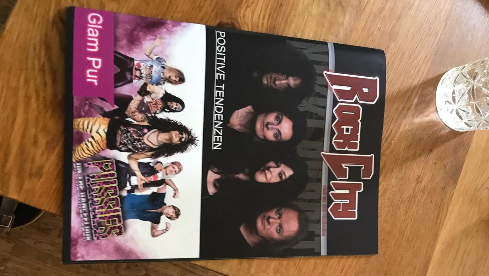P.O.T.D. auf dem RockCity-Cover